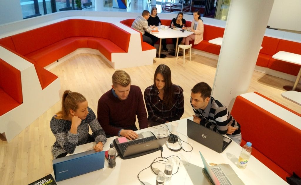 Danish Academy of Business and Technology005